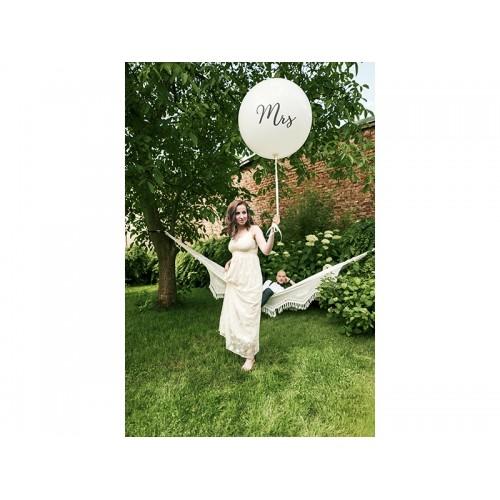 """Biały, pastelowy mega balon z napisem """"Mrs"""""""