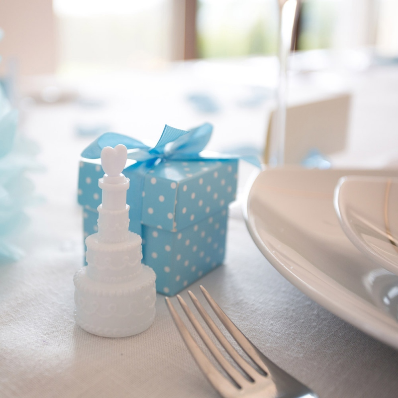 Niebieskie pudełeczka w kropki z kokardką (10 sztuk)