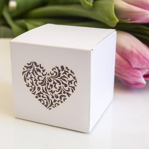 Pudełeczka kwadratowe z ornamentowym sercem (10 sztuk)