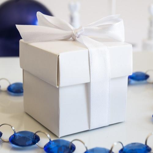 Pudełeczka kwadratowe z białą kokardką (10 sztuk)