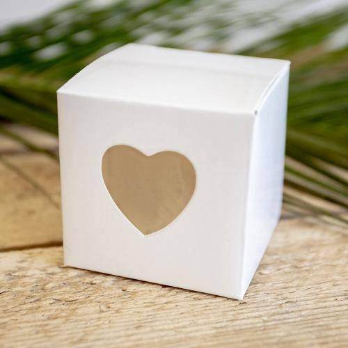 Pudełeczka kwadratowe z wyciętym sercem (10 sztuk)