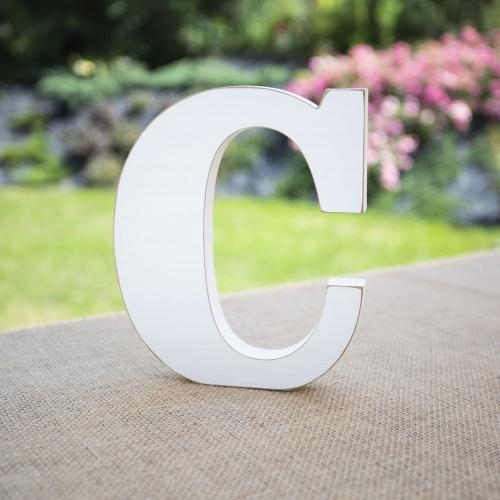"""Drewniana literka """"C"""" - biała"""