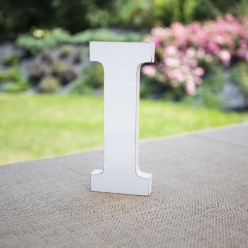 """Drewniana literka """"I"""" - biała"""