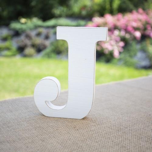 """Drewniana literka """"J"""" - biała"""