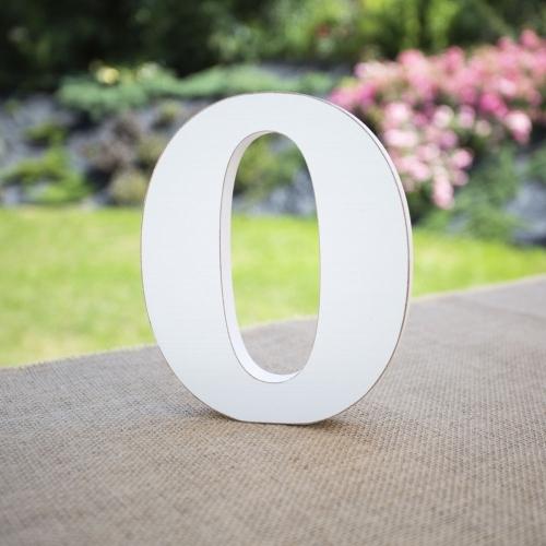 """Drewniana literka """"O"""" - biała"""
