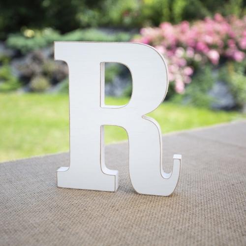 """Drewniana literka """"R"""" - biała"""