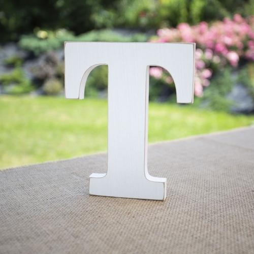 """Drewniana literka """"T"""" - biała"""