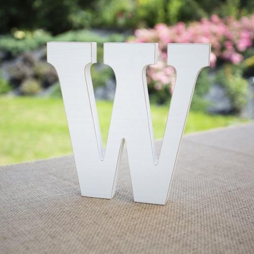 """Drewniana literka """"W"""" - biała"""