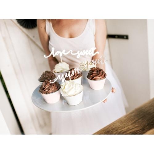 Papilotki na muffinki, mix kolorów ze złotym paskiem (6 sztuk)