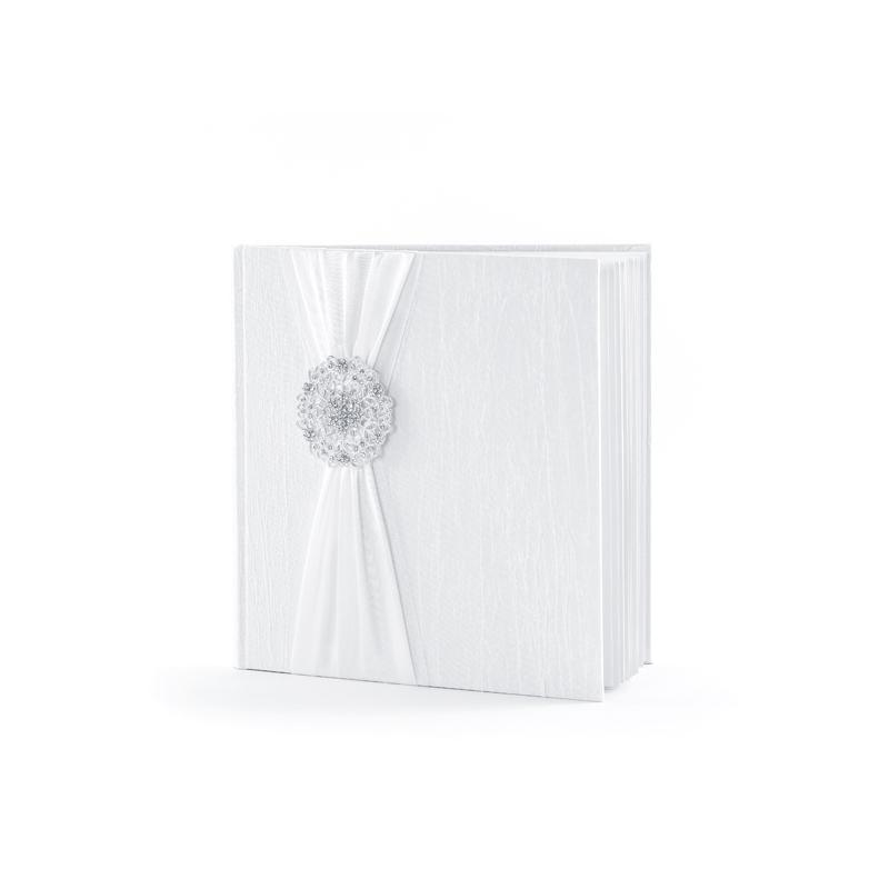 Biała księga gości z metalową rozetą