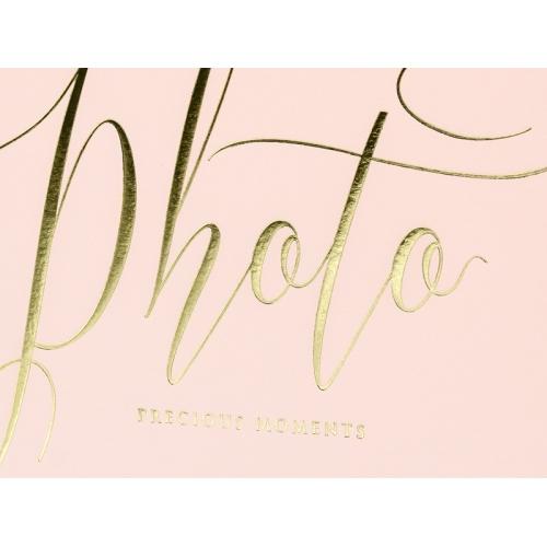 """Album na zdjęcia w kolorze pudrowego różu ze złotym napisem """"Photo, Precious moments"""""""