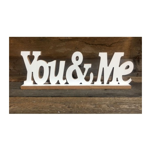 "Drewniany napis ""You & Me"""