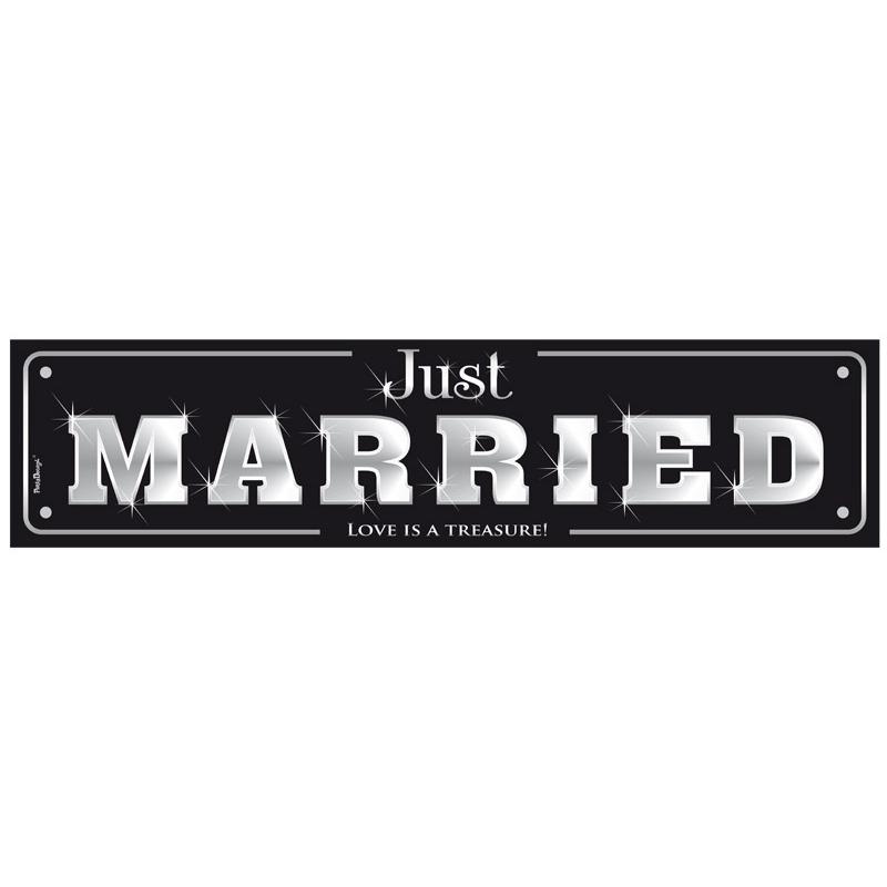 Czarna tablica rejestracyjna - JUST MARRIED
