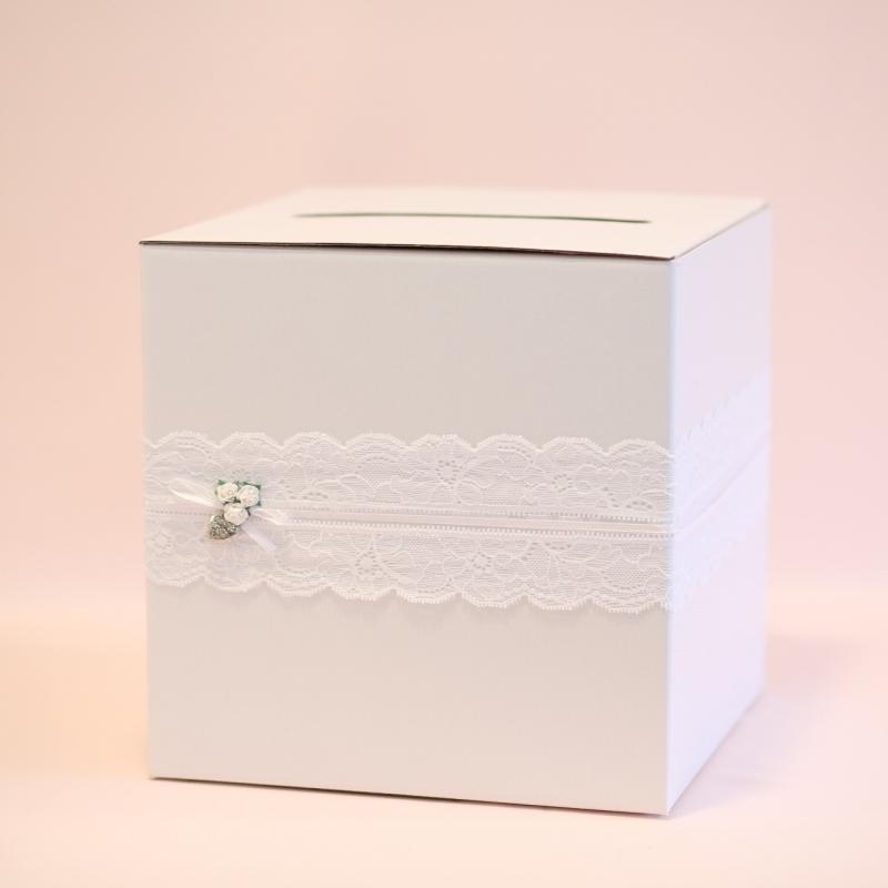 Pudełko na telegramy i pieniądze - perłowe z koronką